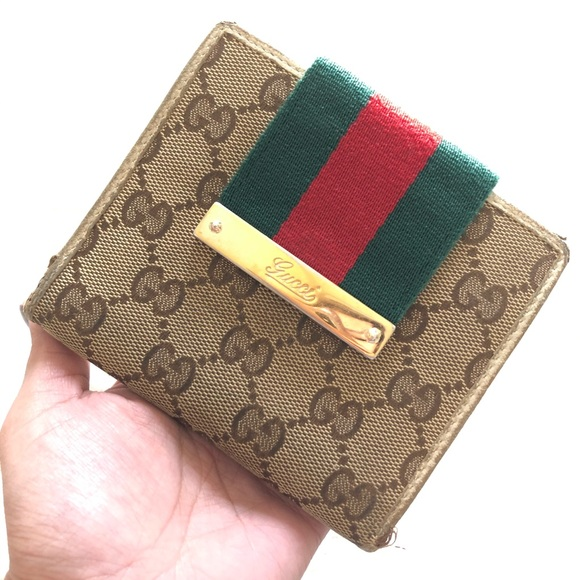 Gucci Handbags - Authentic Gucci GG chery line Wallet